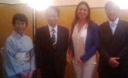 マリア・コリナ・マチャド日本大使館にて