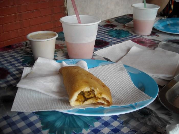 Empanada-y-Jugo